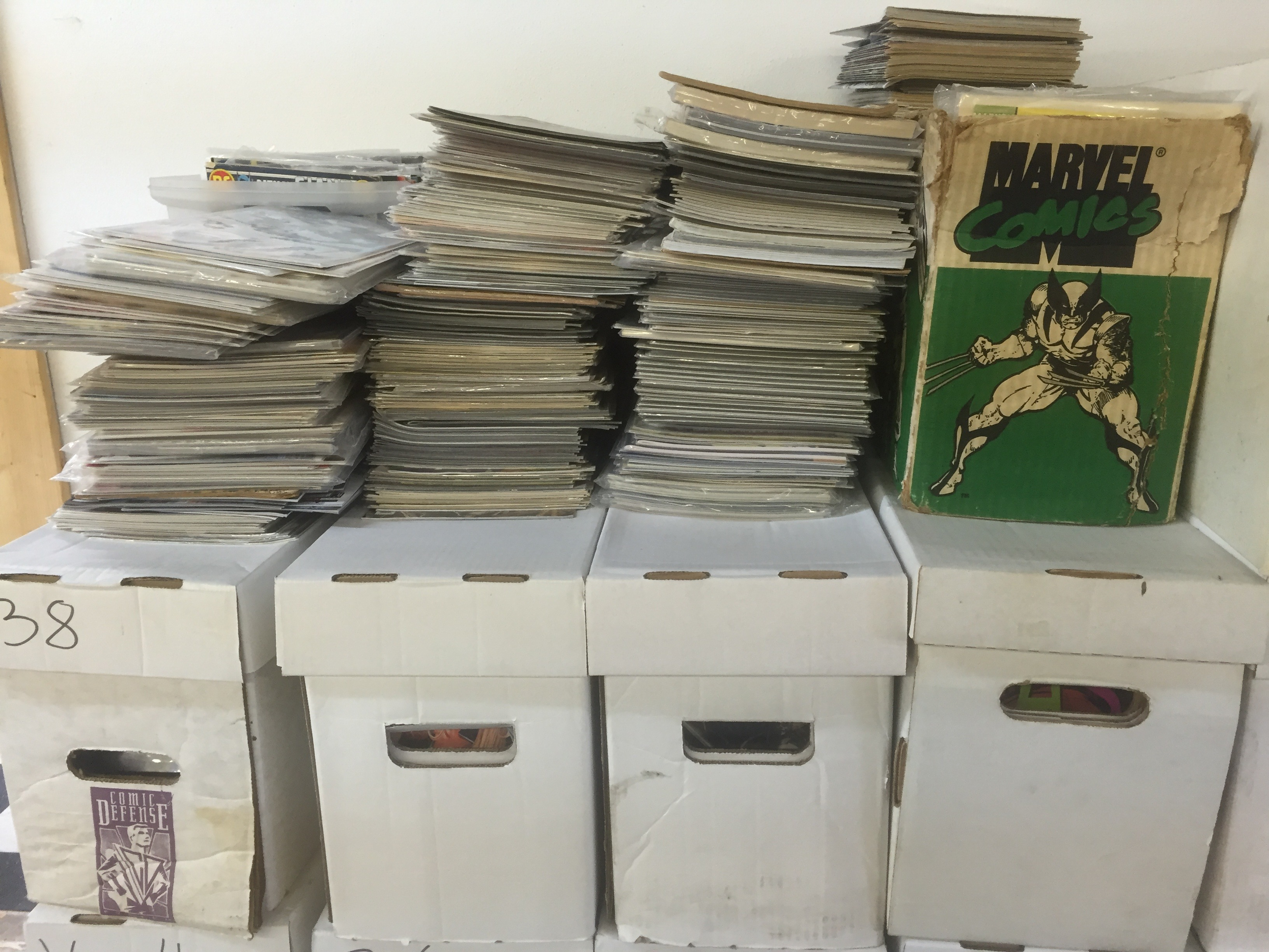 "<span  class=""uc_style_uc_tiles_grid_image_elementor_uc_items_attribute_title"" style=""color:#ffffff;"">Comic Book Short Boxes at Mammoth Comics</span>"