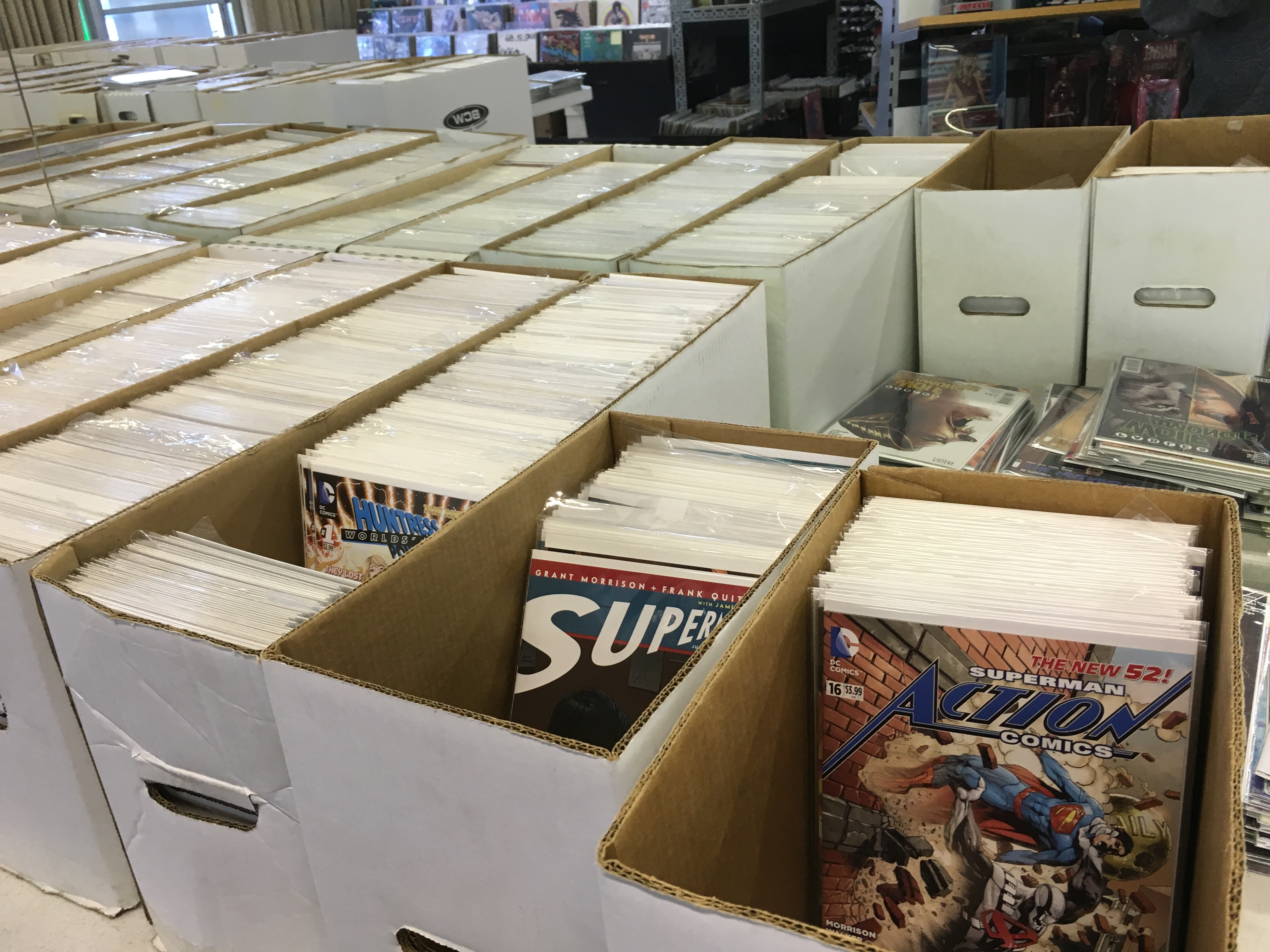 "<span  class=""uc_style_uc_tiles_grid_image_elementor_uc_items_attribute_title"" style=""color:#ffffff;"">Back Issues at Mammoth Comics</span>"
